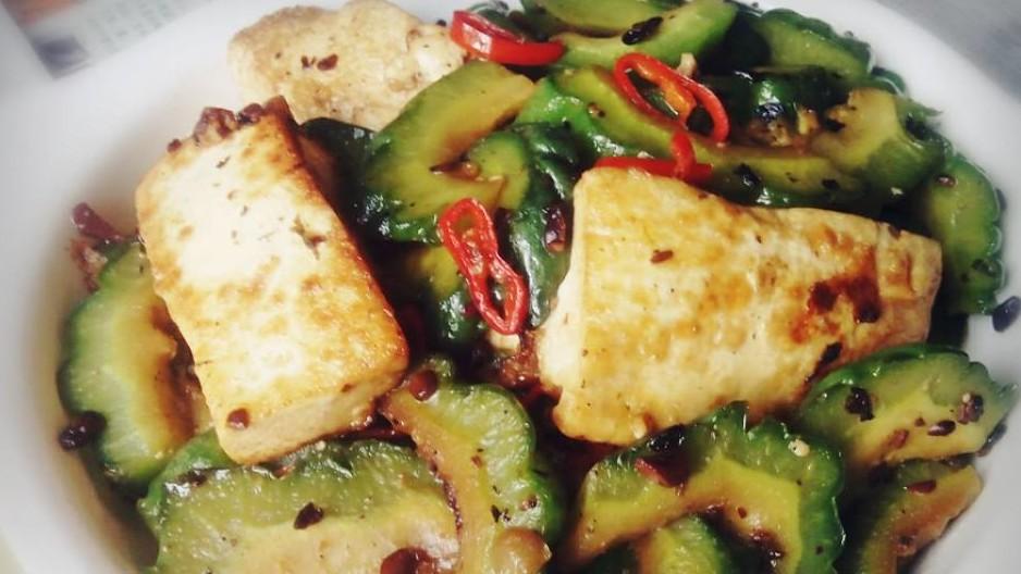 涼瓜炒豆腐