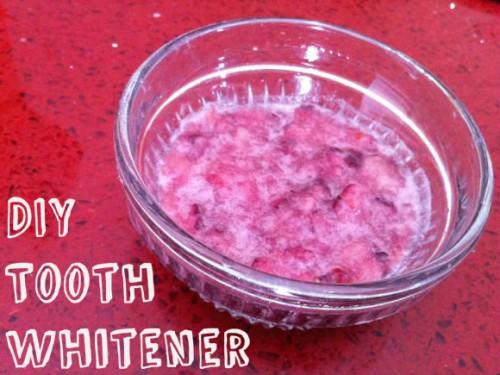 pinterest-diy-tooth-whitener-e1384820318516