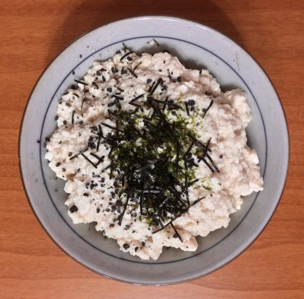 (叮噹tone)沒有山藥的豆腐山藥蓋飯
